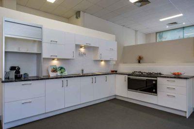 Zesta Kitchens Cheltenham Ex Display 3