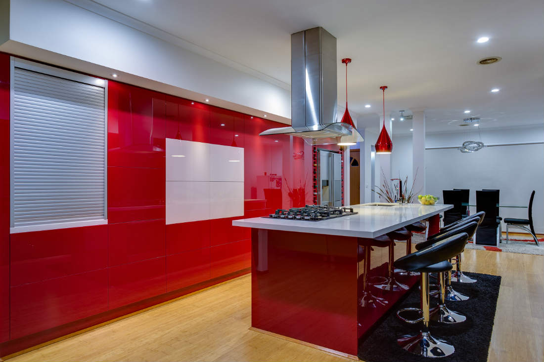 red gloss handleless kitchen