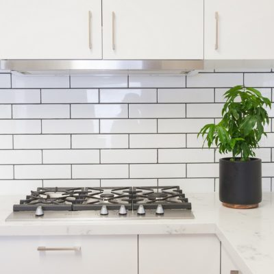 forest hill kitchen with subway tiled splashback