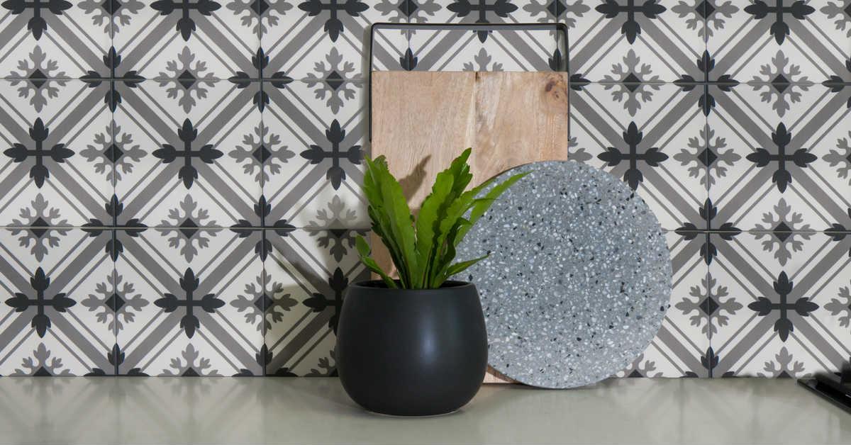 patterned kitchen tile splashbacks