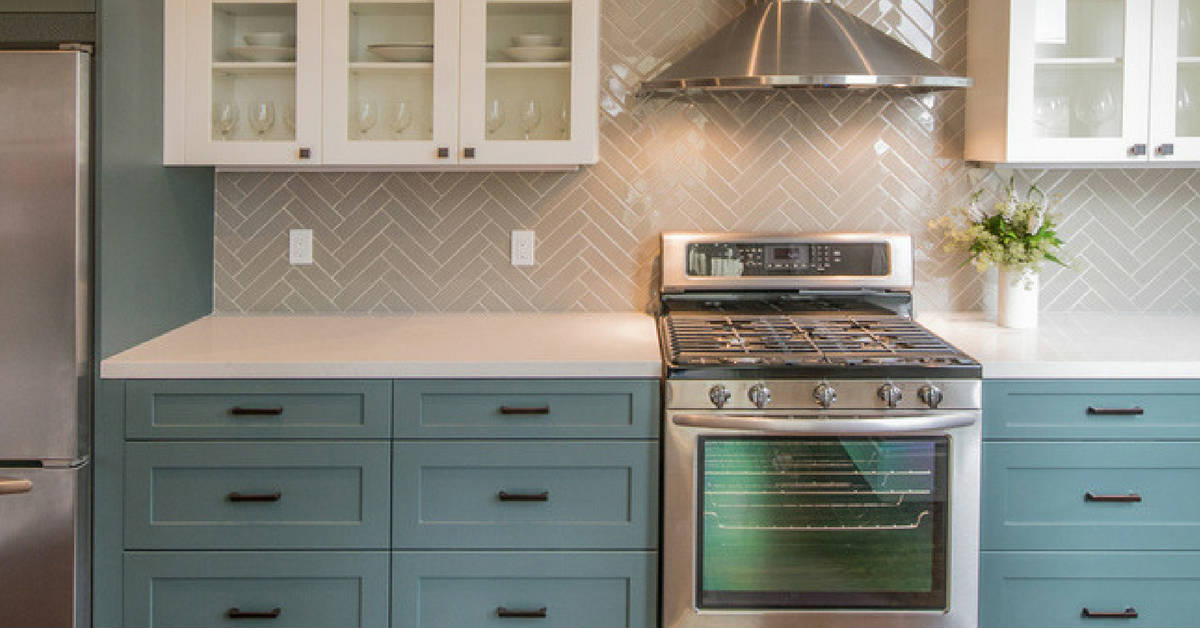 herringbone kitchen splashback