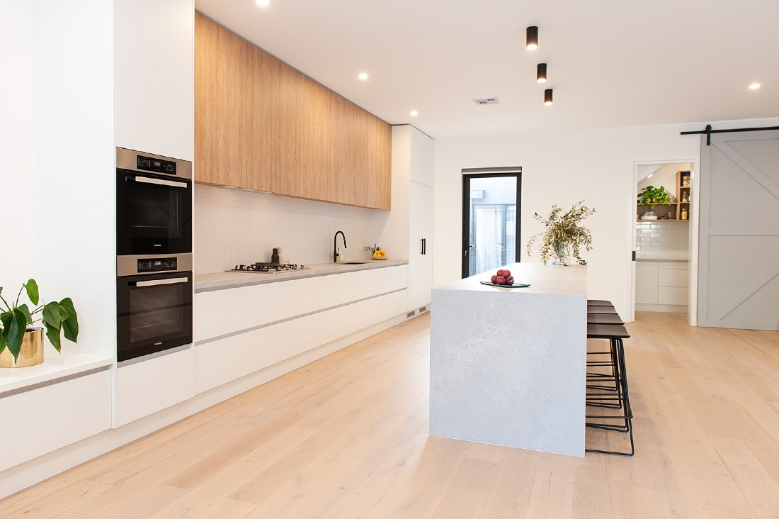 Get the timber look into the kitchen