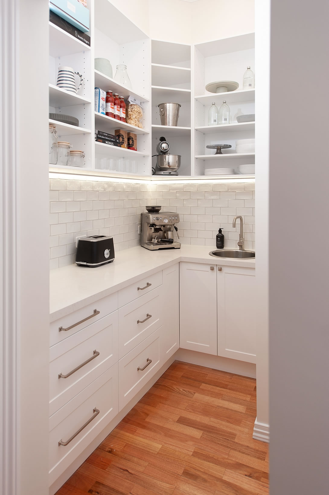 Hampton Style Butlers Pantry