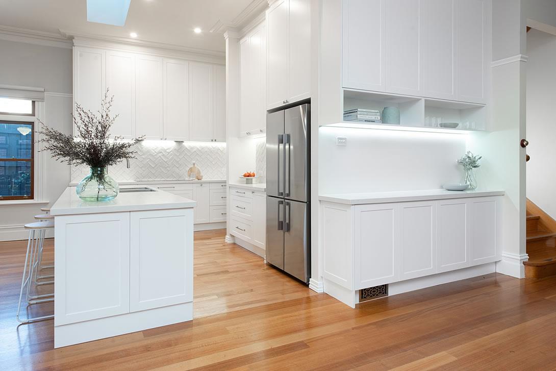 White hampton style kitchen